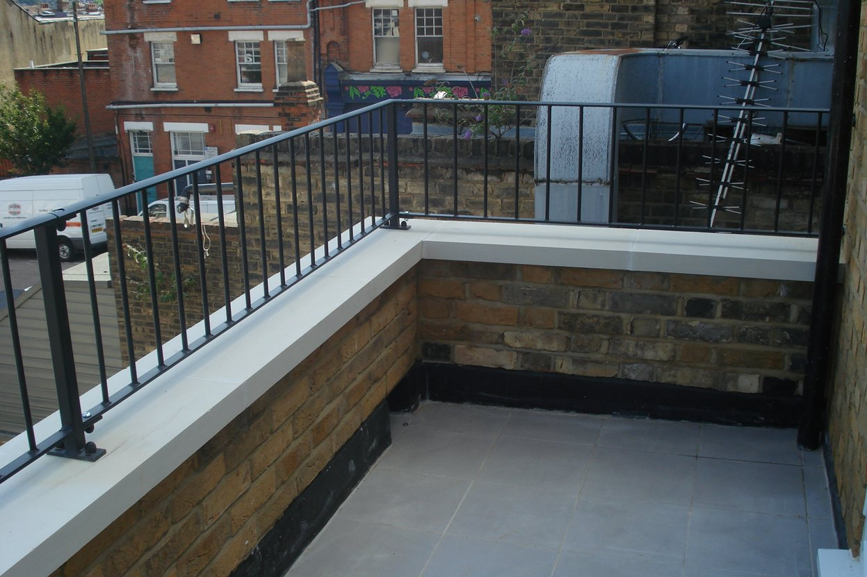 Roof terrace railings quality assured by kp engineering for Terrace railing
