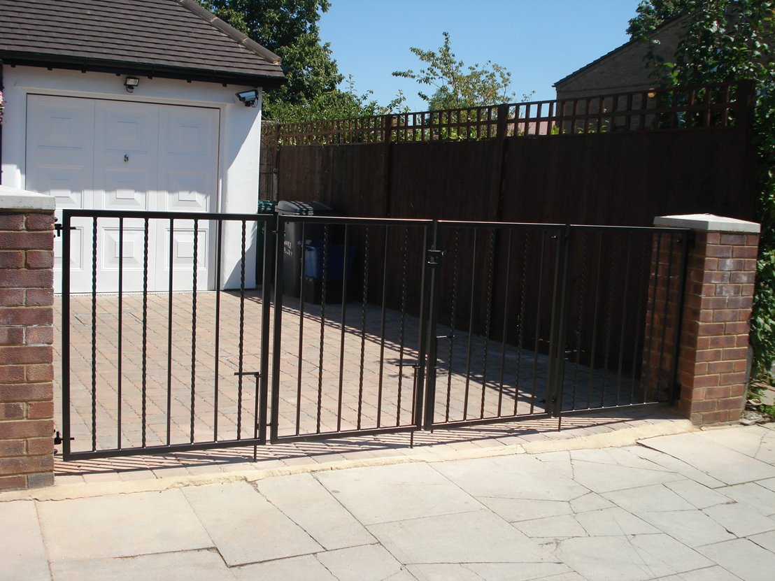 Gallery of short bi fold gates view on kpengineering