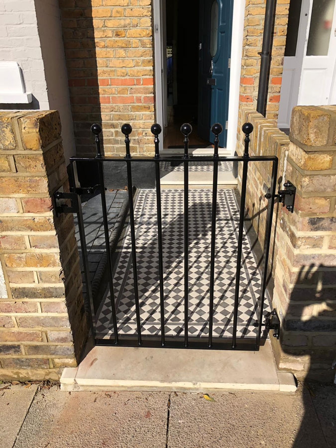 Iron Gates and Railings in Finchley