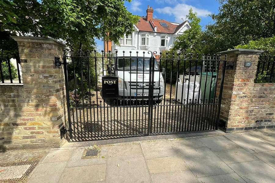 estate gate richmond