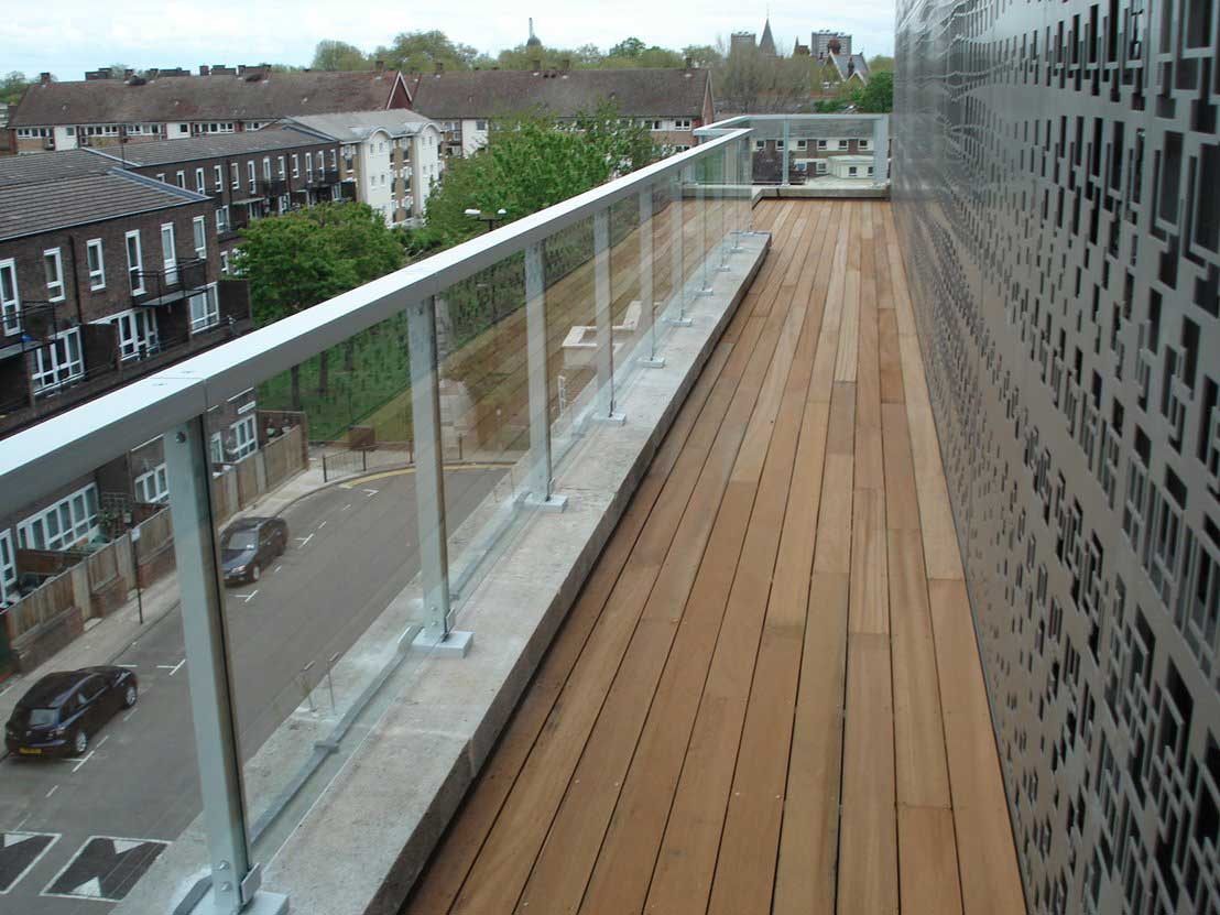 Project 31 | Glass roof terrace railings, wall top ...