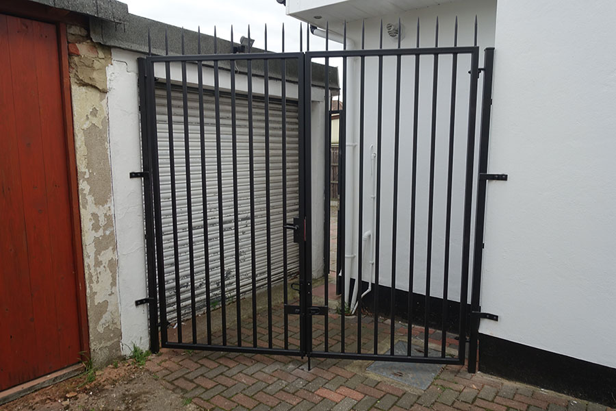 Iron Gates in Hampton TW12