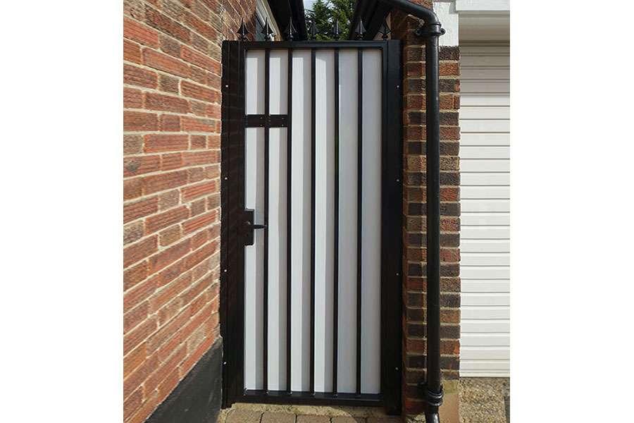 side gate finchley